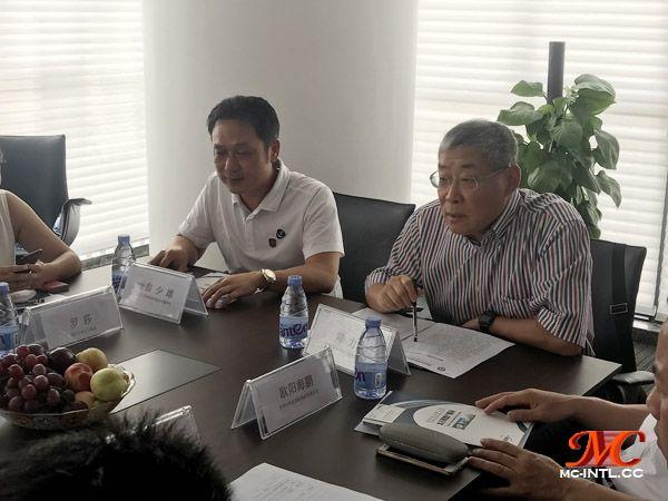 与会嘉宾:太古集团董事长 翁少雄先生,深圳市国际货运代理协会 随力会长